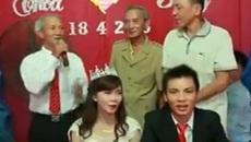 Cụ ông 70 tuổi ở Nghệ An hát nhạc trẻ gây bão mạng