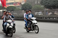 Đi moto khi chưa đủ tuổi, học sinh có thể bị xử lý hình sự?
