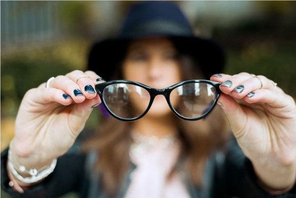 Mẹo giúp người cận thị nhìn rõ không cần kính
