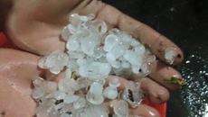Mưa đá bất ngờ tấn công Thừa Thiên - Huế