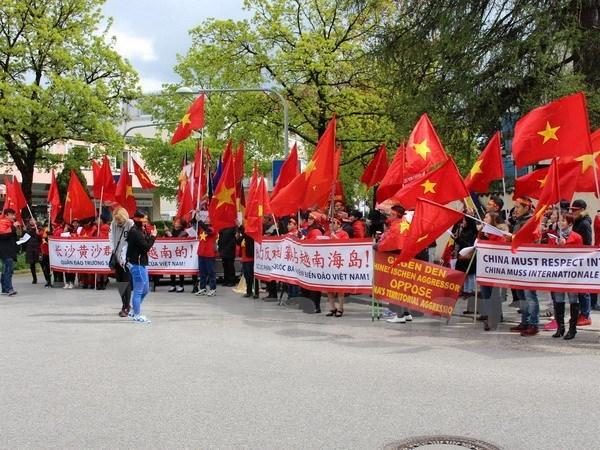 Biểu tình ở Đức phản đối hành động của TQ ở Biển Đông