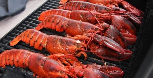 côn đảo, du lịch 30-4, hải sản nướng, ẩm thực Việt Nam