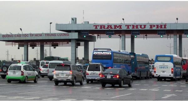 100 km, 4 trạm thu phí: DN kêu lên Thủ tướng