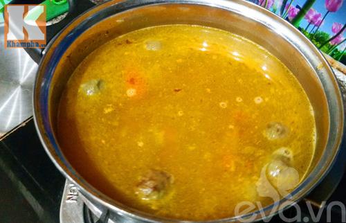 Bún thịt nấu chua dễ ăn cho ngày mới
