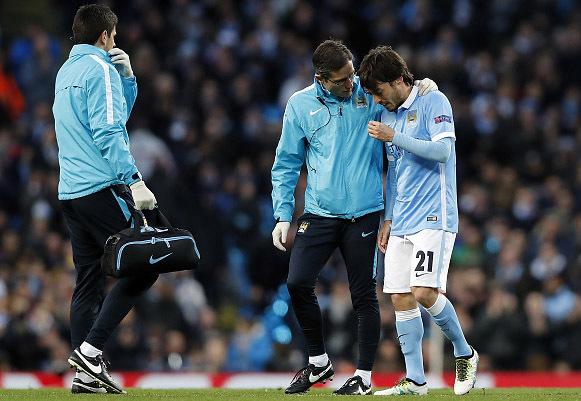 Man City đón tin hung tin trước trận lượt về Champions League
