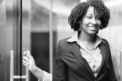 Nữ sinh nghèo khó đỗ 21 trường đại học Mỹ