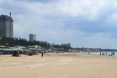 Du khách nói gì khi Vũng Tàu cấm ăn nhậu ở bãi biển?