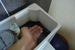 Hàng nghìn hộ dân Thủ đô đang phải dùng nước bẩn