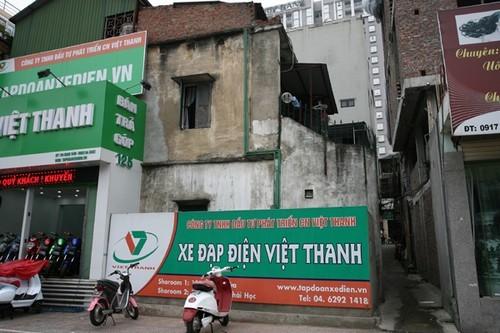 Thất vọng với kiến trúc dị dạng trên 'con đường đắt nhất hành tinh'