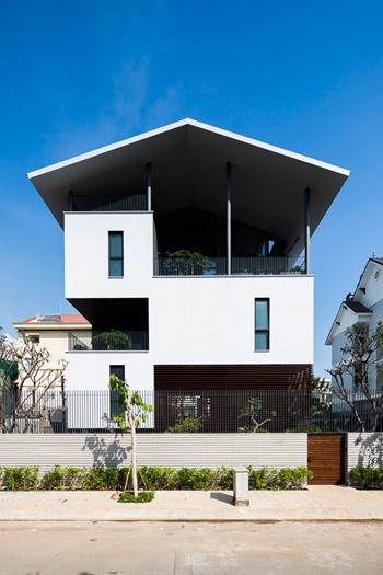 TP. HCM nhà 400m² 'lơ lửng' ở Quận 2