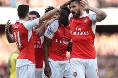 Welbeck bắn hạ 'Chim hoàng yến', Arsenal trở lại top 3