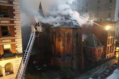 Hỏa hoạn dữ dội ngay giữa New York