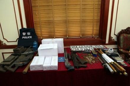 Trùm ma túy đấu súng với cảnh sát đối diện với nhiều tội danh