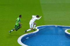 Ronaldo lọt top 10 kịch sĩ thô thiển nhất làng túc cầu
