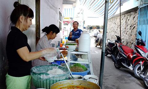 Kinh doanh ăn uống cần chuẩn bị gì để không phạm luật?