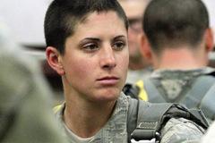 """""""Bóng hồng"""" làm thay đổi Lục quân Mỹ"""