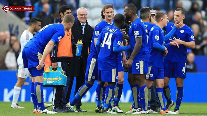 Leicester đăng quang: Hãy yêu và làm việc hết mình
