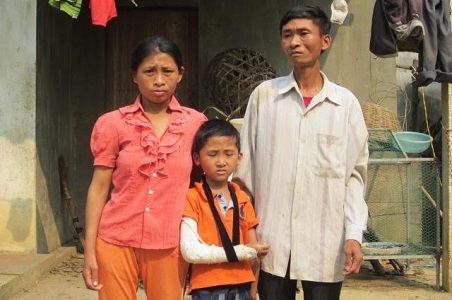 xương thủy tinh,bệnh hiểm nghèo,hoàn cảnh khó khăn