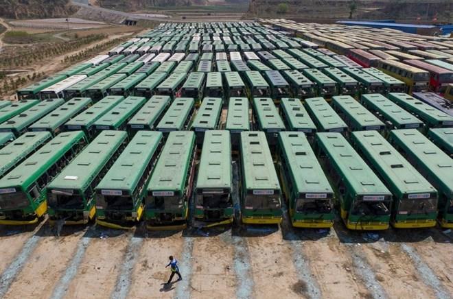 'Nghĩa địa' xe buýt tại Trung Quốc nhìn từ trên cao