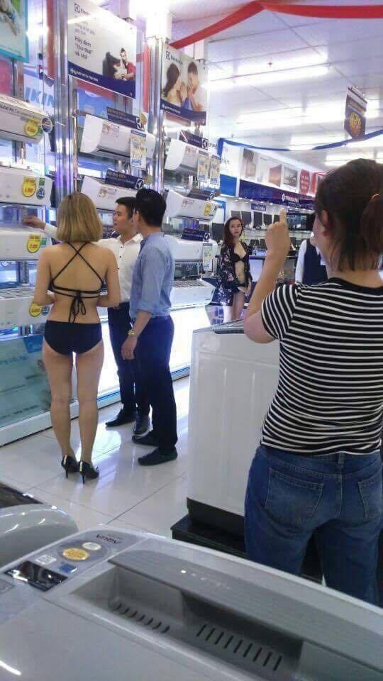 Dùng mẫu bikini bán điều hòa ở siêu thị, Dùng mẫu bikini bán điều hòa ở siêu thị bị phạt, phạt 40 triệu vụ dung mẫu bikini, siêu thị trần anh bị phạt, phạt 40 triệu siêu thị Trần Anh