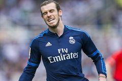 Zidane nhận liên tiếp 2 tin dữ