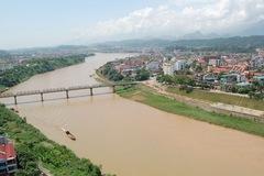 Siêu dự án dọc sông Hồng: Dân hay ai hưởng lợi?