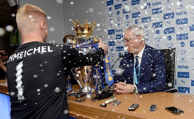 Học trò dùng champagne tắm cho HLV Ranieri