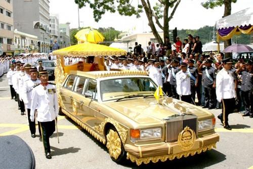 Bộ sưu tập, siêu xe, tỷ đô,  Brunei, xe hơi, ô tô, nội thất,