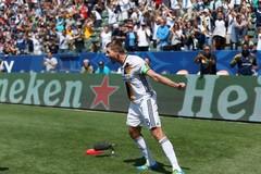 Gerrard lập tuyệt phẩm, LA Galaxy vùi dập CLB của Lee Nguyễn