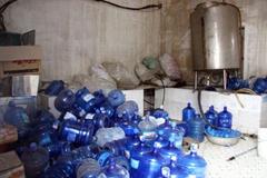 Hà Nội: Hàng loạt mẫu nước đóng chai không đảm bảo