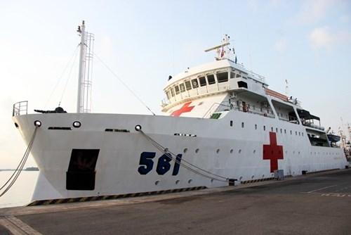 Bệnh viện trên biển 'khủng' của hải quân VN