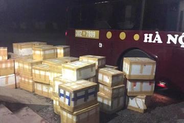 Thu 2 tấn chè thập cẩm không nguồn gốc trên đường ra HN