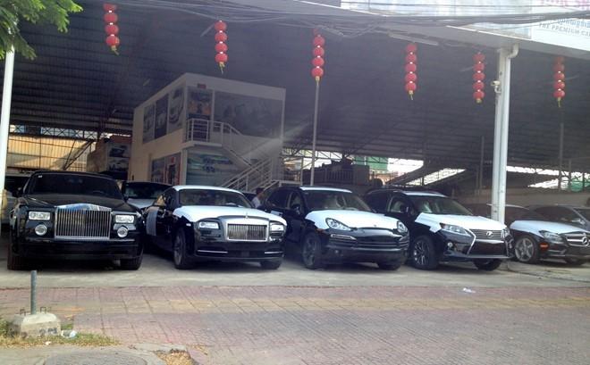 Thú chơi siêu xe của đại gia Campuchia