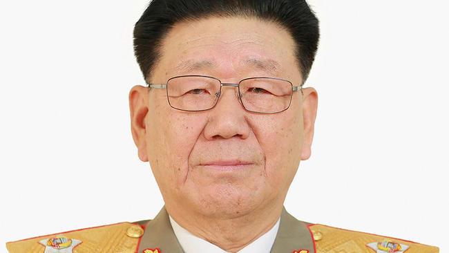 Triều Tiên lần đầu công bố ảnh độ phân giải cao về Jong Un
