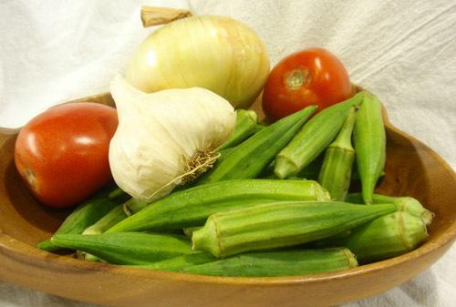 trồng rau sạch, trồng rau các tháng 6, 7, 8, trồng rau thùng xốp