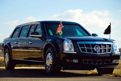 Siêu xe chết đứng, Obama phải di chuyển khẩn cấp