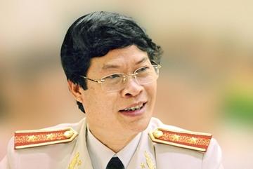 Nhà văn Hữu Ước sẽ khởi kiện luật sư Trần Đình Triển