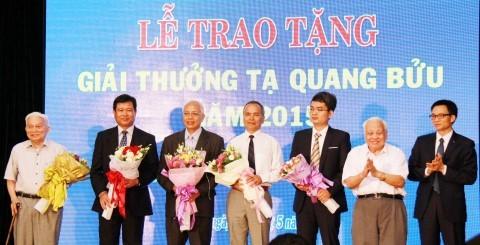 3 nhà khoa học đoạt giải Tạ Quang Bửu 2016
