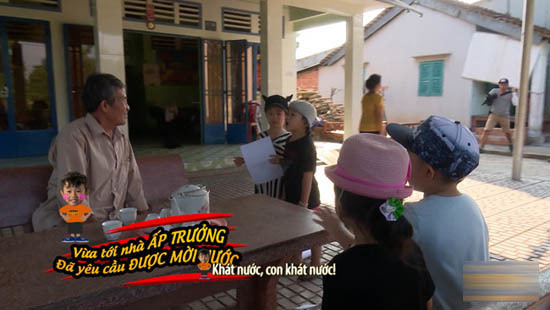 Sao Việt toát mồ hôi đi chợ cho con chỉ với 100.000 đồng