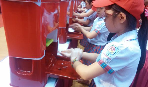 Người Việt lười rửa tay, bệnh lây lan từ miệng