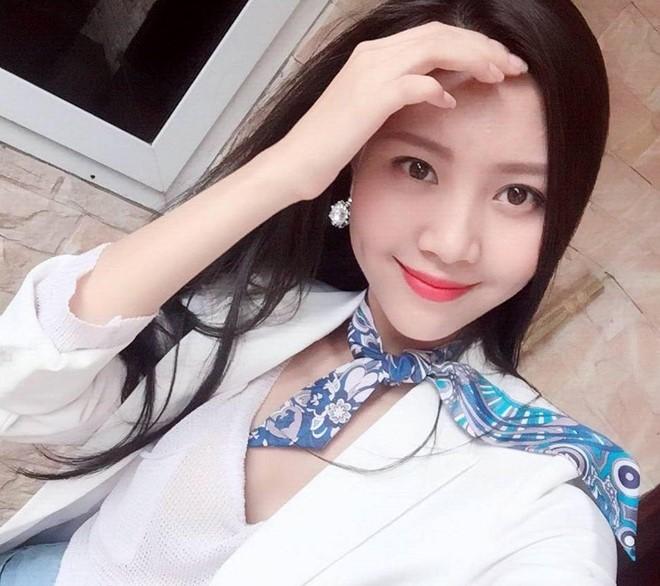 hotgirl Việt làm tiếp viên hàng không