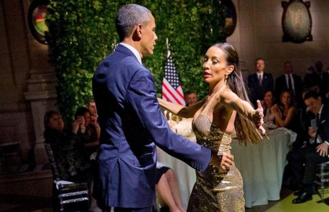 Sau Tango ở Argentina, ông Obama nhảy điệu gì cùng VN?