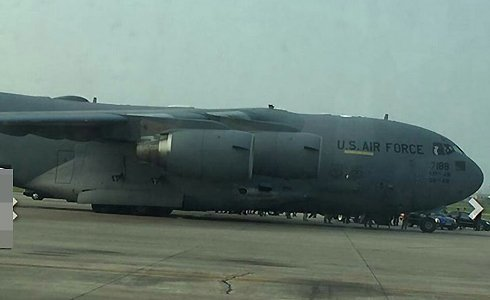 Boeing hạng nặng chở trực thăng Tổng thống Obama đến VN