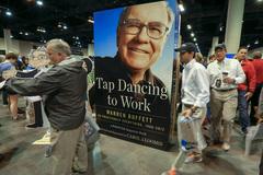 Tỷ phú Warren Buffett bất ngờ rót 1 tỷ USD vào Apple