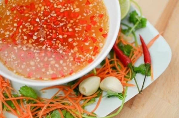 Đặc sản 'bốc mùi' mà hút khách ở Việt Nam