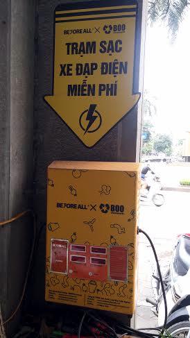 Teen Hà Thành xôn xao trạm sạc xe điện miễn phí đầu tiên