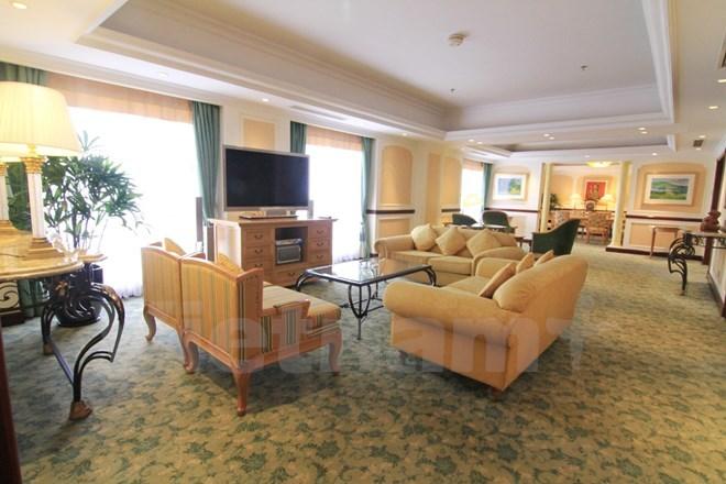 Bên trong phòng tổng thống của 5 khách sạn sang nhất HN - Ảnh 9.