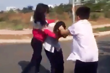 Nữ sinh Đồng Nai bị đánh dã man