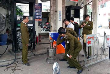 Kỹ nghệ gắn chip, ăn cắp xăng của hàng xăng Hà Nội
