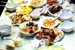 Chủ quán Nhật 'tím mặt' nhìn thức ăn thừa của khách Việt